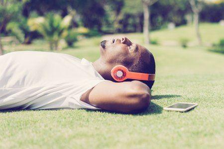 """Image de l'article """"MAO: Comment être enfin en paix avec tes musiques et oser les finir"""""""